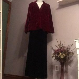 EUC Gorgeous NY Collection Red Velvet Jacket- L